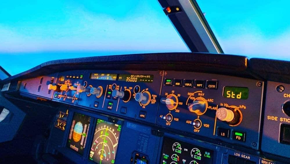 Cockpit view Airbus 321